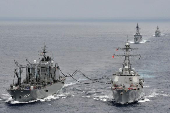 US Aus navies